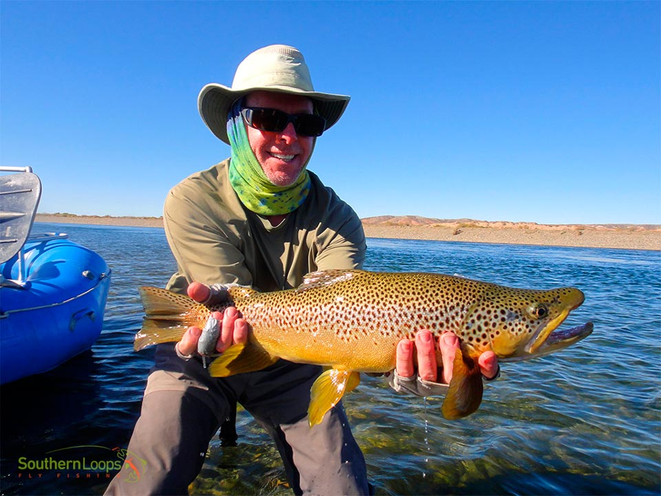 Big fish on the Limay River